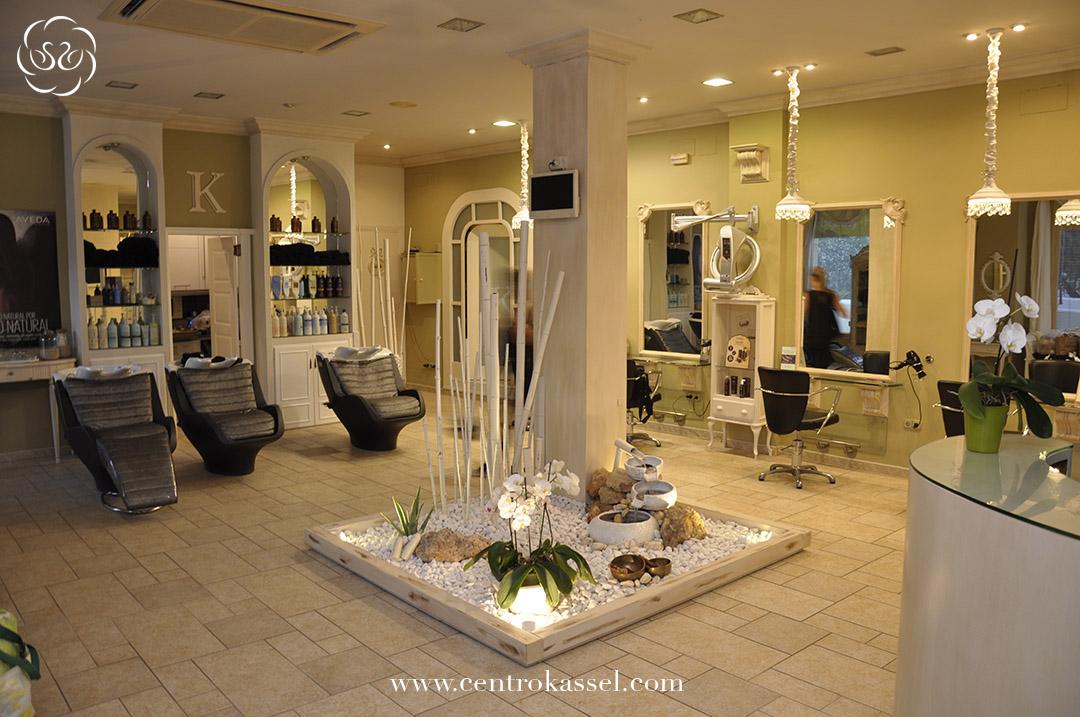 Centro kassel peluquer a fuengirola micropigmentaci n y for Disenos de espejos para peluqueria